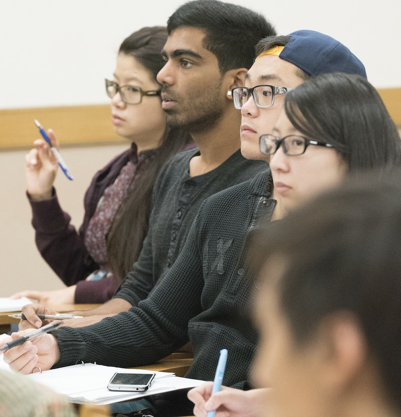 undergraduate students listening in class